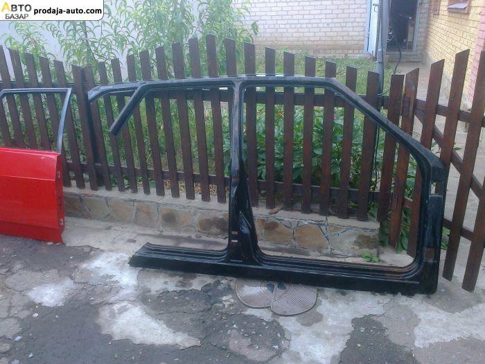 автобазар украины - Продажа    Дверь ВАЗ-2109 и Боковая наклатка на ВАЗ-2109 а